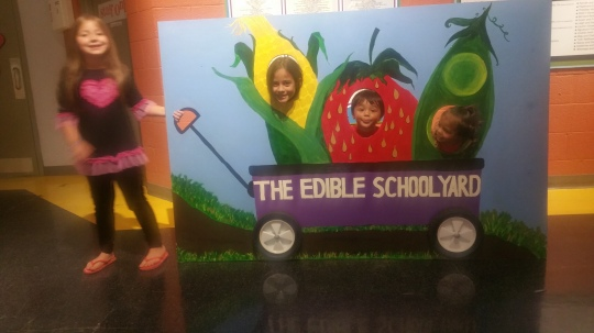 earthquakers-twins-micaela-grace-edible-school-yard-childrens-museum-summer